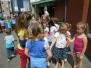 Mei 2016 : De wijkschool brengt een bezoek aan de Sint-Amanduskapel tgv de meimaand, Mariamaand